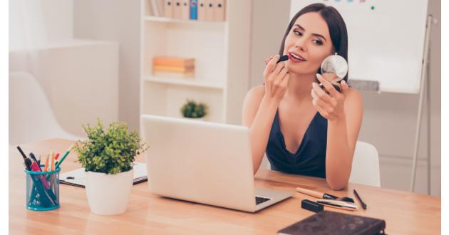 5 pasos para conseguir un makeup ideal en el trabajo