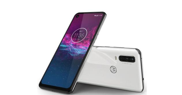 Motorola one action1