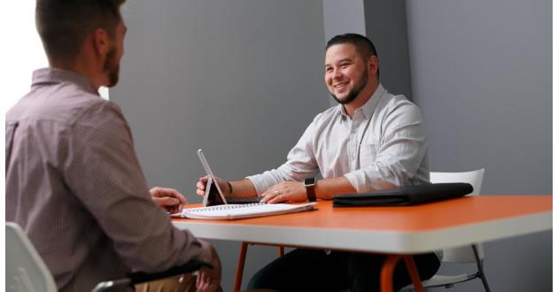 Tu primera entrevista de trabajo Sigue estos consejos