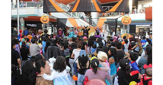 Halloween y el Día de la Canción Criolla
